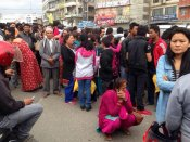 News Flash: Fresh tremor jolts Nepal, yet again