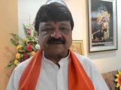 BJP leader compares <i>Kaabil-Raees</i> with Modi-Rahul
