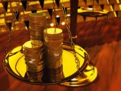 Gold price today: A fall of Rs 190 on global cues