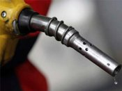 Modi Govt tries to cheer up middle class: Petrol prices slashed by Rs 3.02/litre
