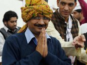 Kejriwal leaves for Rome for Teresa's canonisation ceremony