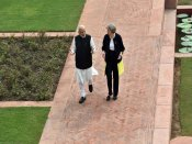 Narendra Modi formally receives British PM Theresa May