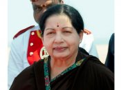 #RIPAmma, #RIPJayalalithaa trend on Twitter, as Apollo Hospitals denies CM's demise