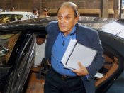 Independent director Nusli Wadia removed from Tata Steel board