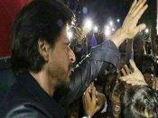 SRK expresses regret over fan's death in Vadodara stampede