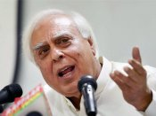 SC must be congratulated for upholding 'right of artistes': Sibal on Padmaavat