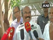TN minister likens TTV Dinakaran to a 'mosquito'