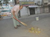 <i>Swachh Bharat Abhiyan</i>: Meet MP lawyer who has been cleaning his neighbourhood for 40 years