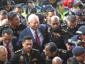 Najib Razak: Malaysia HC approves bail for arrested ex-PM