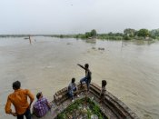 Yamuna continues to flow above danger mark, water level touches 206 m mark