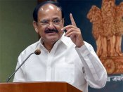 Hindi is the symbol of social, political, religious and linguistic unity of the country: Naidu