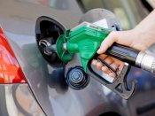 Fuel prices continue to soar again; Petrol now at Rs 70.95/Litre in Delhi