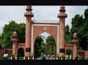 Civilian deaths in Kashmir: AMU students take out candle light march