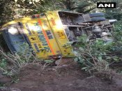 35 students on way to PM's rally in Dharamshala injured as bus overturns
