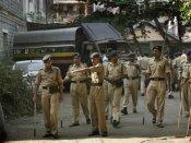 Police busts big cricket betting racket in Kolkata