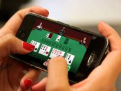 How Are Smartphones Transforming Online Gaming?