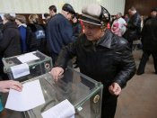 Ukraine presidential polls: record 39 candidates in fray; comedian candidate frontrunner