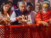 Kumbh 2019 ends, Mauritius PM couldn't resist from taking dip in Ganga