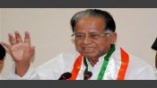 Tarun Gogoi stopped from holding press meet at Assam House in Delhi, addresses media on road