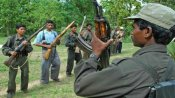Six naxals with arms held in Jharkhand