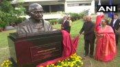 President Ram Nath Kovind unveils bust of Mahatma Gandhi in the Philippines