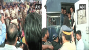 JNU violence: Protesters shifted from Gateway of India to Azad Maidan in Mumbai