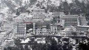 Fresh snowfall at Mata Vaishno Devi shrine, chopper service suspended