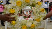 Wing Commander Deepak Sathe cremated; Maha govt accords state funeral