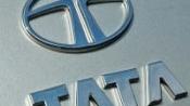Nusli Wadia serves defamation notice on Tata Sons