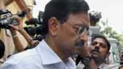 Satyam scam: Raju, 5 other surrender before court