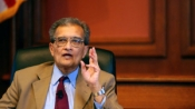 Amartya Sen receives Humanities Medal from Obama