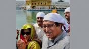 Vinod Khanna visits Golden Temple to seek blessings