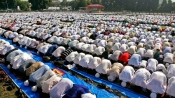 Pray only at secured Mosques, J&K policemen told in advisory