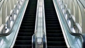 Holidays turn tragic for this family, toddler loses 3 fingers in escalator accident