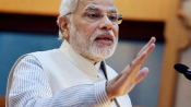 PM makes courtesy call on Vajpayee, Fernandes