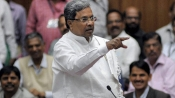 Karnataka CM for extending use of old notes till December 30