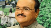 Bhujbal back in jail after lengthy hospital stay