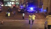 Manchester blast: Muslim man and Jewish woman pray together