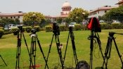 SC seeks Gujarat's reply on plea over re-induction of 2 cops accused in encounter cases