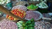 Onion price brings tears to consumers; WPI inflation jumps to 3.93 per cent in Nov
