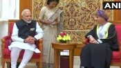 PM Modi arrives in Oman, holds talk with Sultan Qaboos bin Said