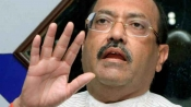 Amar Singh meets Yogi, triggers speculation of joining BJP