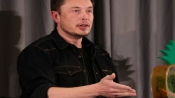 Elon Musk wants to live on Mars even if there's good chance of death