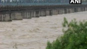 UP: Flood like situation in Kanpur after Ganga river swells again