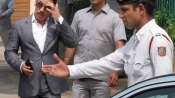 Robert Vadra to appear before ED for questing in land deal cases tomorrow
