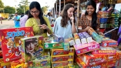 Mumbai bans firecrackers on Diwali, use of phooljhadi', 'anar' allowed between 8 pm till 10 pm