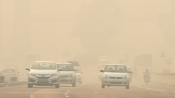 Air quality in Delhi continues to remain 'Poor', may turn 'Very Poor' by tomorrow
