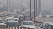 Delhi air pollution soars to 'severe category'; AQI mounts to 448