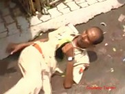 Caught on Camera: Drunk policeman creates scene in Kanpur