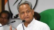 Rajasthan CM Ashok Gehlot meets Rahul Gandhi, sparks off rumours of cabinet expansion